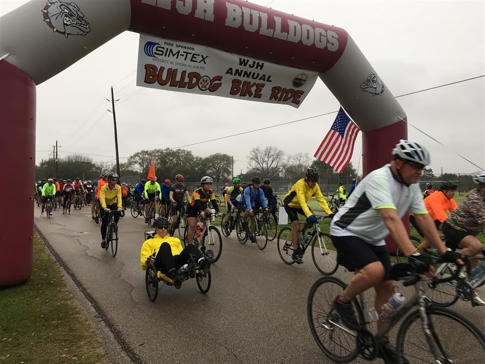 Photo of WJH Bulldog Bike Ride