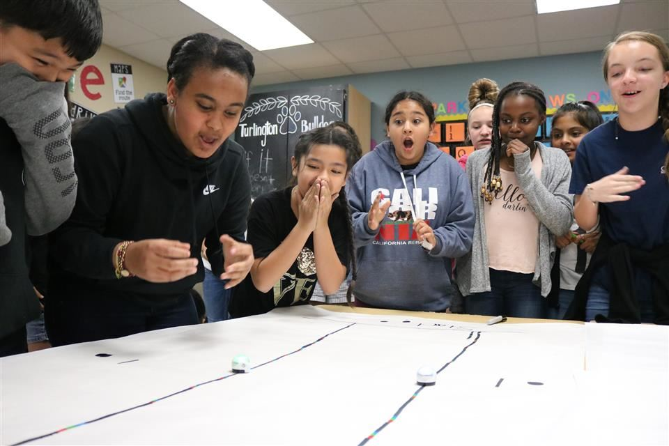 Photo of Turlington Elementary Ozobot Lesson